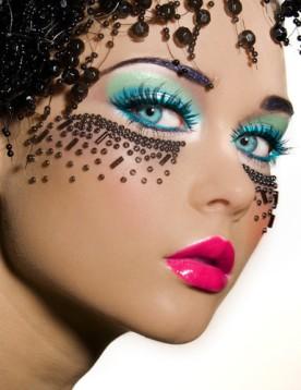 amazing-blue-eyes-fashion-makeup-Favim.com-358201