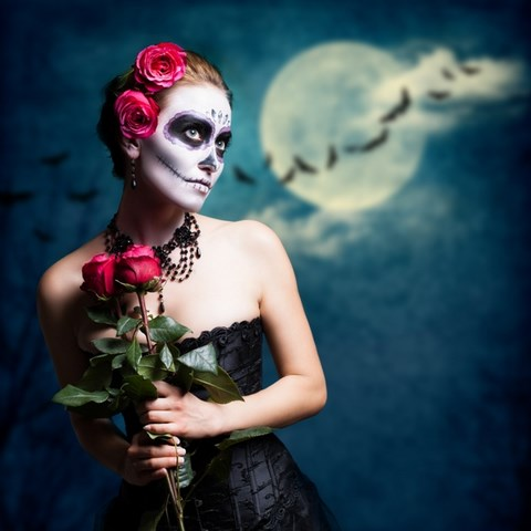 sugar-skull-makeup-red-roses-pretty-halloween-skull-art-black-dress