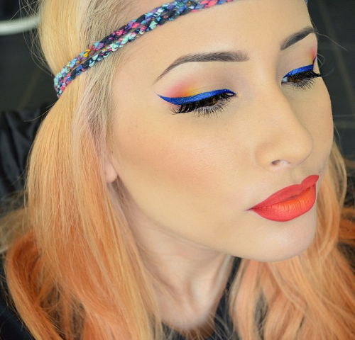 gallery_big_blue_winged_eyeliner_makeup-1